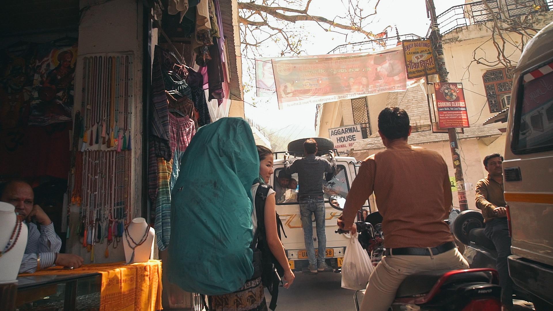 170309_India_edit.00_33_37_15.Still032-2.jpg